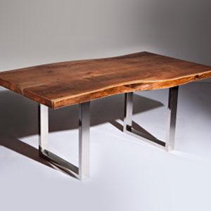 Tom Freeform Table