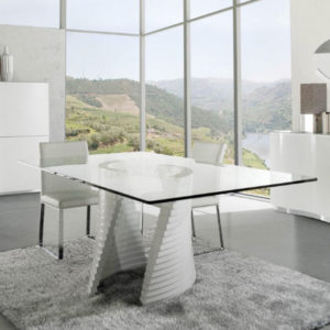 Swaa Dining Collection