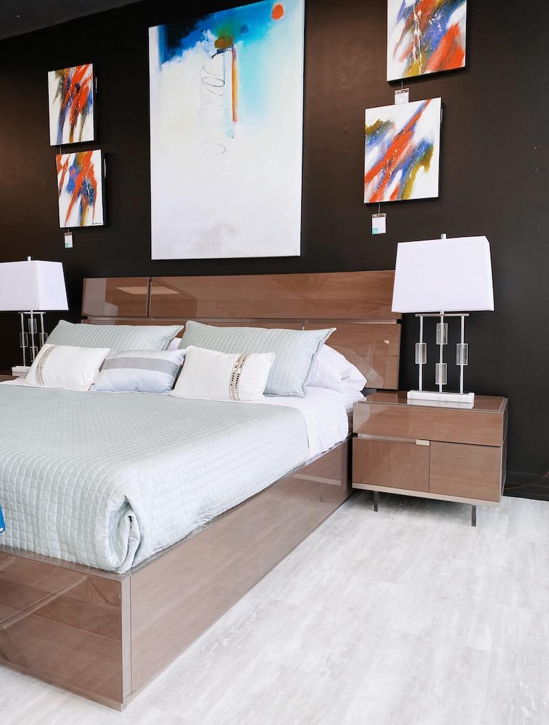 Modern High Gloss Wood Bed